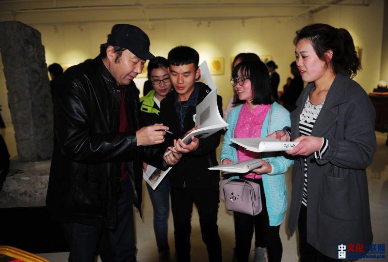 笔墨清趣・文心洛阳―刘心亮中国画作品展在古都洛阳举办