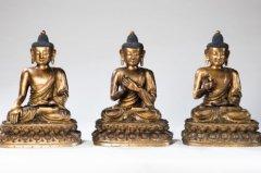 中国买家世界各地追寻中国文物 一掷千金购古董