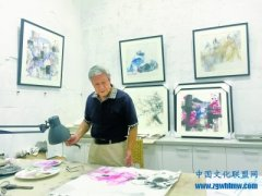 """7旬夫妻退休后""""北漂""""8年追梦 创作油画"""