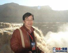 论百年中国新诗中的叶延滨