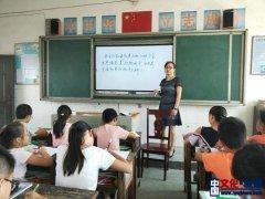 默默无闻写春秋――记衡南县星火实验小学教导主任谢朝阳