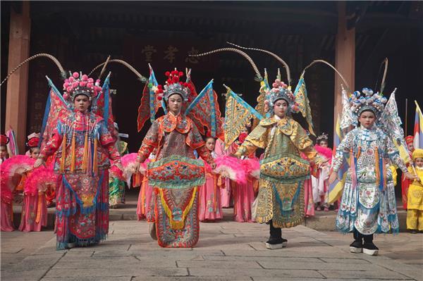 香远益清-------《传承的力量》春节篇绽放央视荧屏